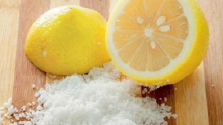 Lemon dan garam, Sumber : blog.tribunjualbeli.com