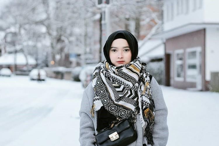 Syal musim dingin, Sumber : popbela.com